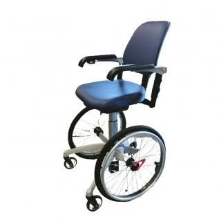 Chaise roulante avec stabilisation 4 roues TrippleWheels