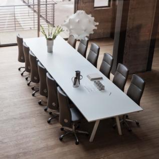 Salle de reunion siège au design luxe Tribute