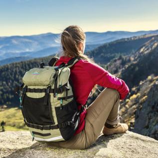 Sac à dos randonneurs et baroudeurs leger gravipack Hiking 33